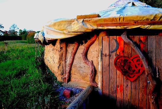 earth lodge grounds soho Leela
